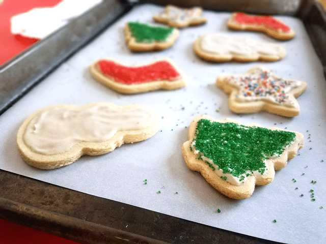 Delicious cut-out cookies that are gluten-free, grain-free, Paleo / Primal, low-sugar, low-carb and vegan!