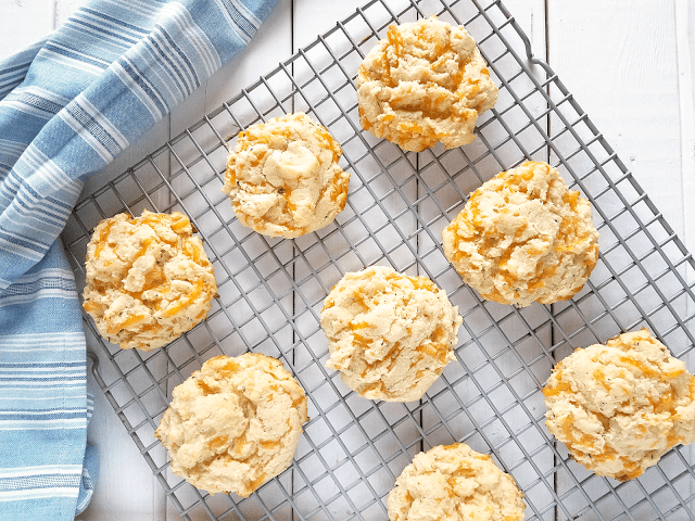 These Cheddar Bay Drop Biscuits taste just like the biscuits at Red Lobster, but they're better for you! Clean, real food ingredients make them low-carb, keto diet-friendly, grain-free, gluten-free and egg-free, yet they're still super easy to make. Enjoy them for breakfast or dinner!